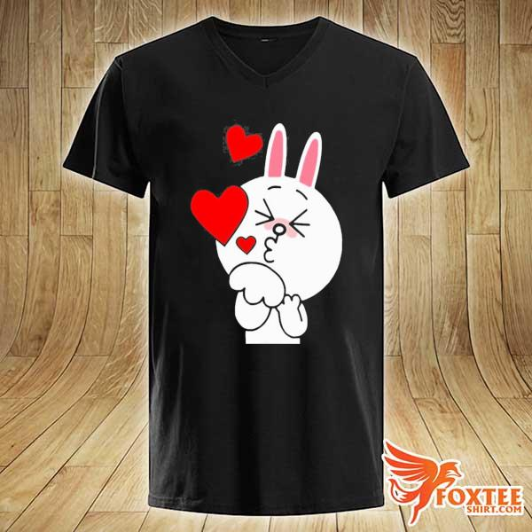 Cute cony bunny rabbit brown bear lover blowing kisses kiss s v-neck
